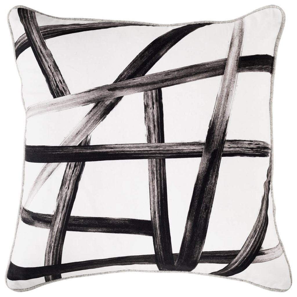 flntr-art-club-concept-72dpi-165158cd52-acc_flatlay_forprint_cushion_acc302_crossroads_front