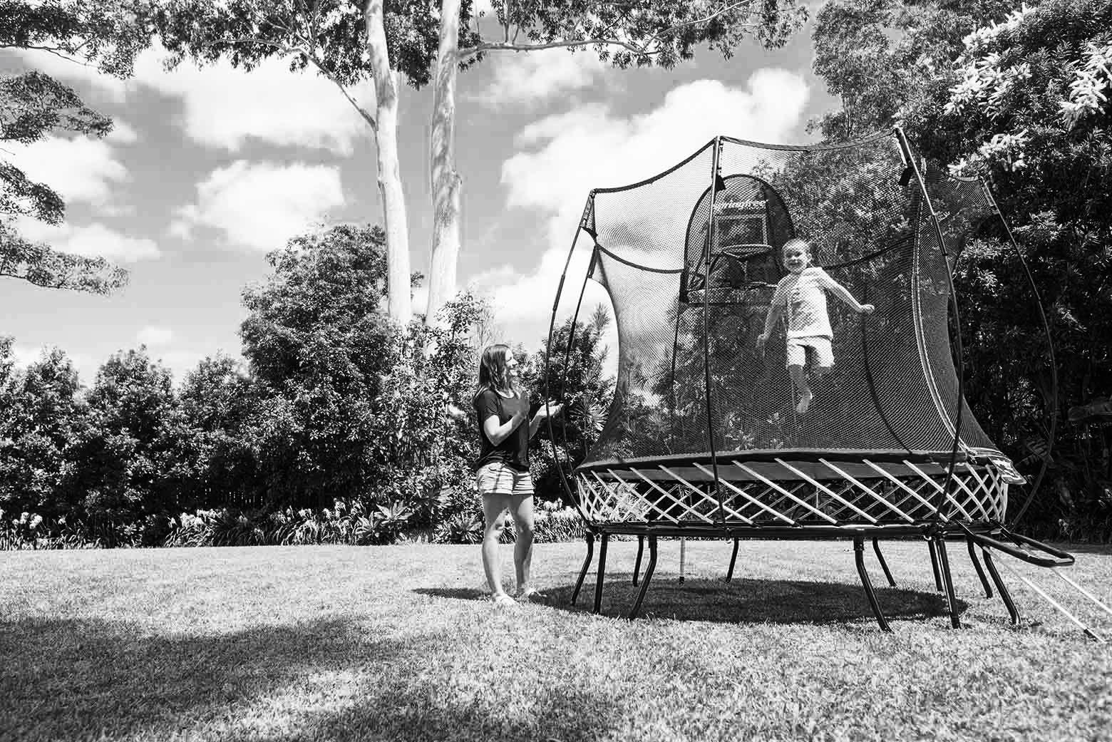 trampoline, springfree