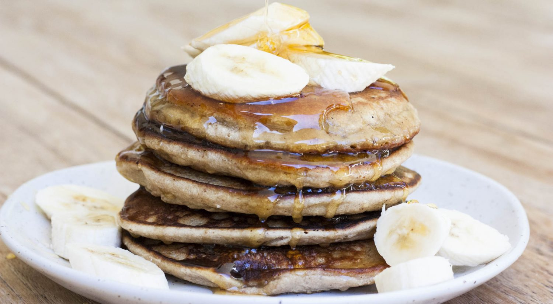 Vegan banana hazelnut pancakes