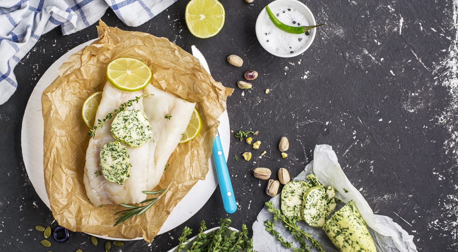 Baked cod parcels with thyme