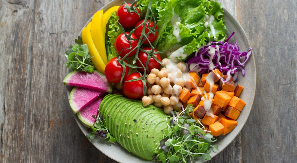 Healthy salad with chickpeas