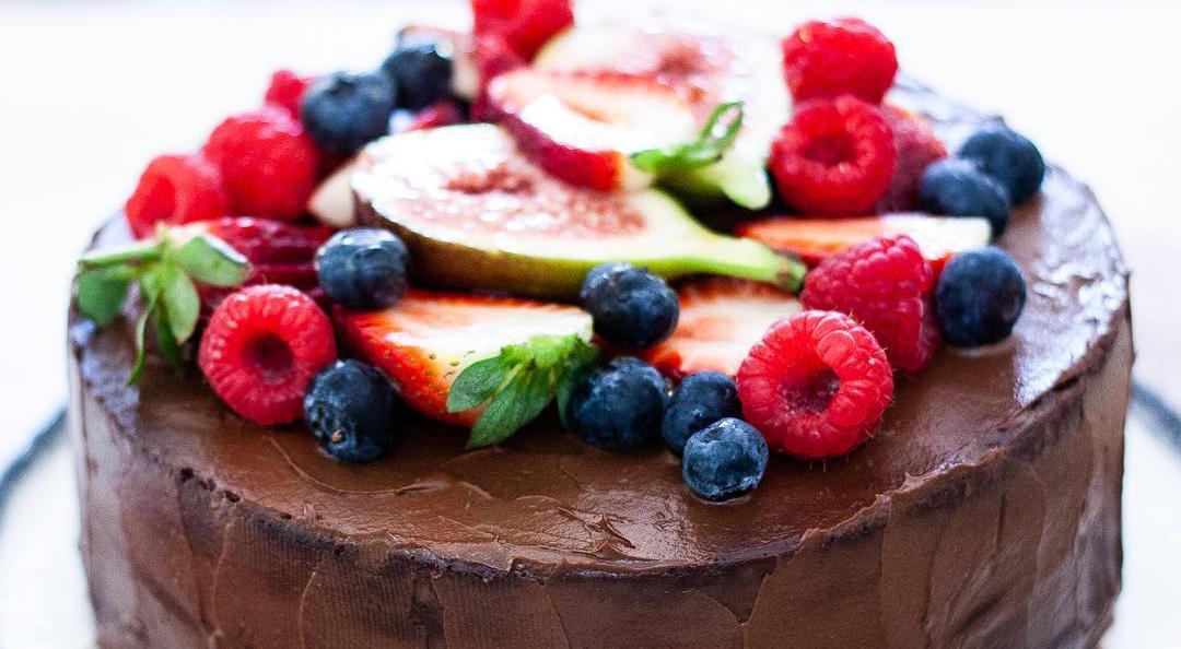 Raw Chocolate Ganache Cake
