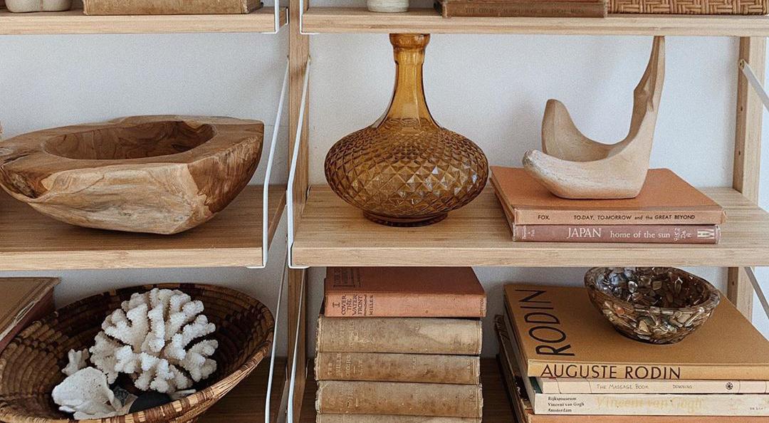 Boho interior inspiration bookshelf styling