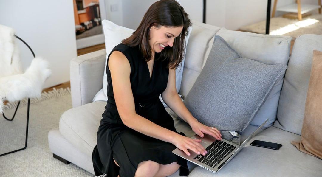 Khara Williams working mum on laptop