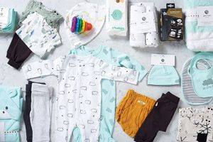 THE ESSENTIAL BABY BOX