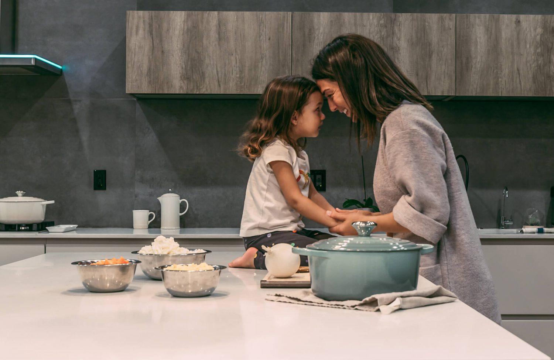 feed family mama disrupt
