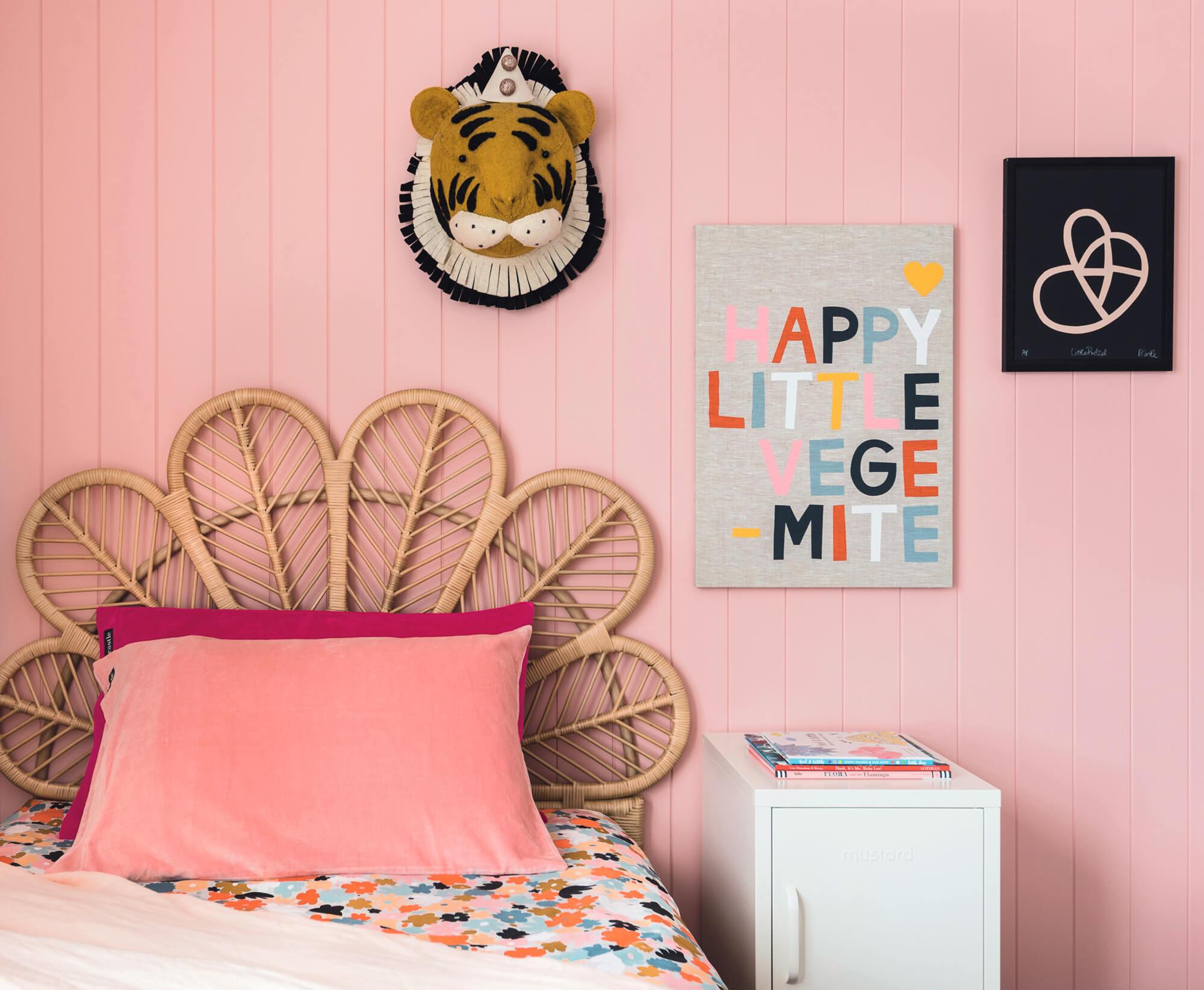 girl's bedroom mama disrupt