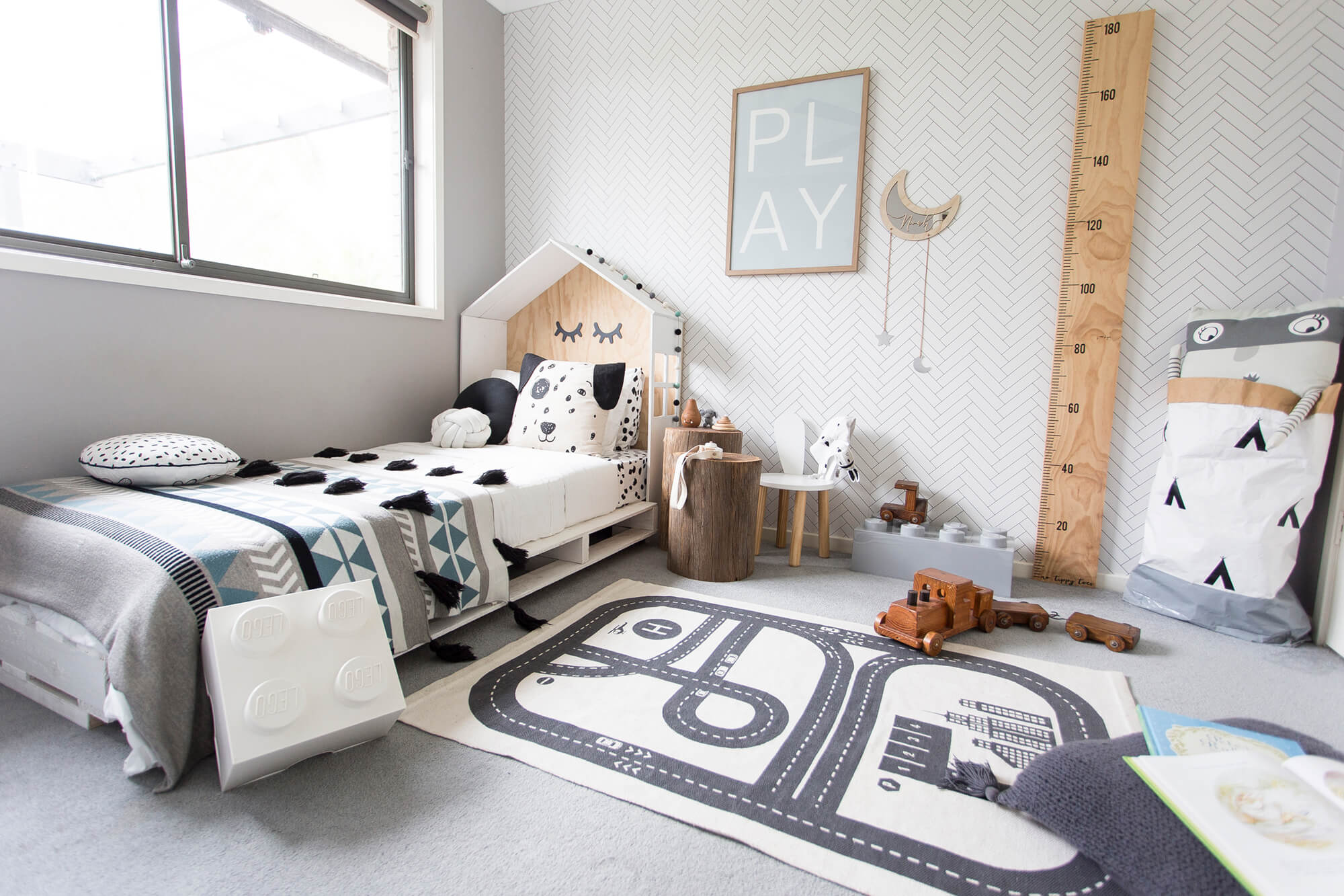 scandi room mama disrupt
